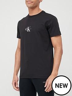 calvin-klein-jeans-small-chest-monogram-t-shirt-black