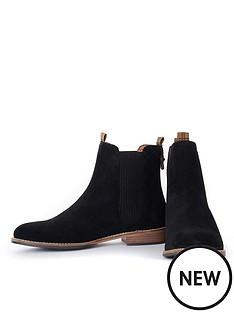 barbour-badminton-boots-black