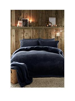 fusion-ribbed-teddy-fleece-duvet-cover-set-navy