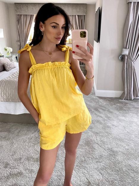 michelle-keegan-elasticated-linen-short-co-ord-yellow