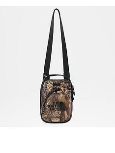 the-north-face-large-bozer-pouch-camo