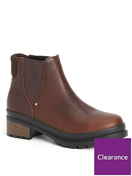 muck-boots-liberty-chelsea-ankle-boots-brown