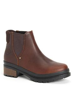 muck-boots-liberty-chelsea-ankle-boots