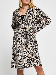river-island-dressing-gown-animal-print