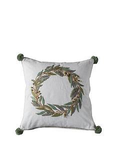 gallery-wreath-pom-pom-cushion-cream-450x450mm