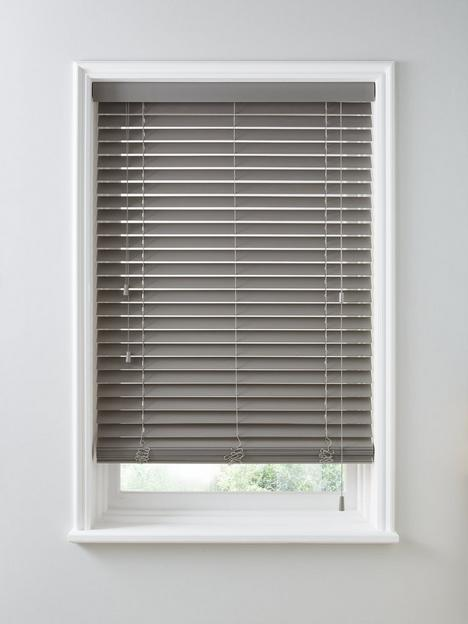 made-to-measure-50mm-faux-wood-venetian-blinds