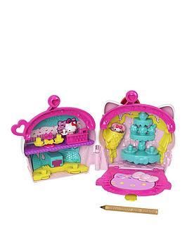 hello-kitty-mini-notables-playset-cupcake-compact