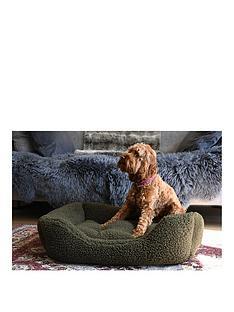 rosewood-green-pile-fleece-bed-med