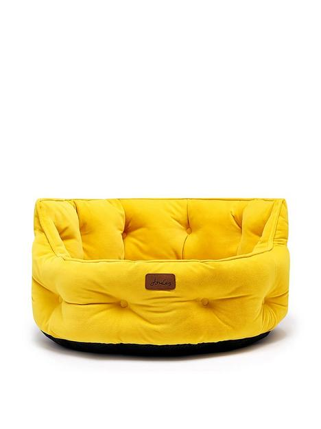 joules-chesterfield-pet-bed-yellow-large