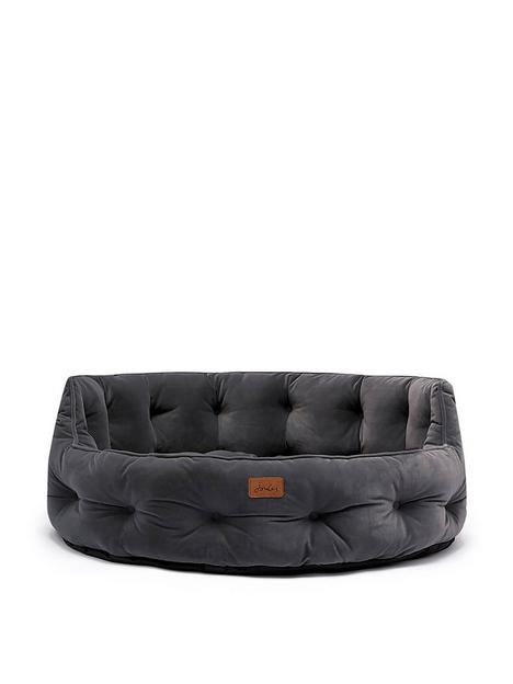 joules-chesterfield-pet-bed-grey-large