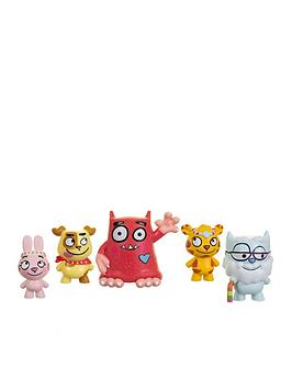 love-monster-and-fluffytown-friends-figurine-set