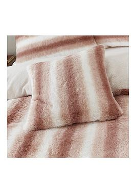 by-caprice-mae-faux-fur-cushion-blush