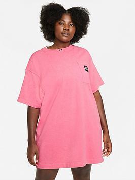nike-nswnbspcurvenbspwash-short-sleeved-dress-pink