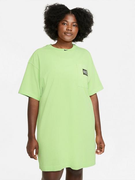nike-nswnbspwash-short-sleeved-dress-curve-green