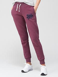 superdry-collegiate-scripted-jogger-winenbsp