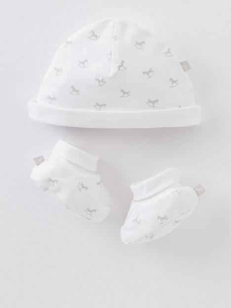 the-little-tailor-unisex-baby-super-soft-hat-and-bootie-gift-set-white