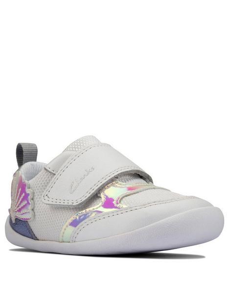 clarks-first-roamer-aeon-shoe