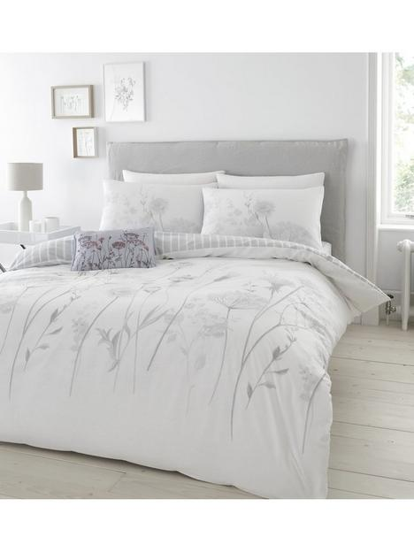 catherine-lansfield-meadowsweet-floral-duvet-covernbspset-white