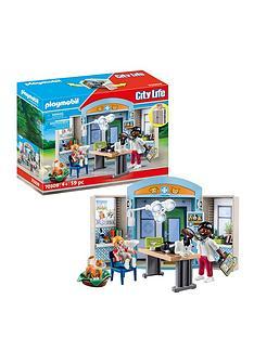 playmobil-70309-vets-clinic-play-box