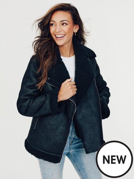 michelle-keegan-longline-faux-shearling-biker-jacket-black