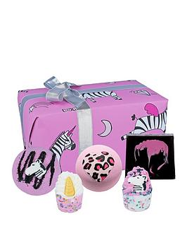 bomb-cosmetics-zebra-crossing-bath-bomb-gift-set
