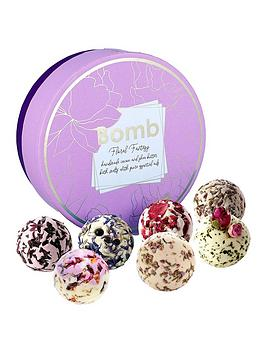 bomb-cosmetics-floral-fantasy-bath-creamer-gift-set