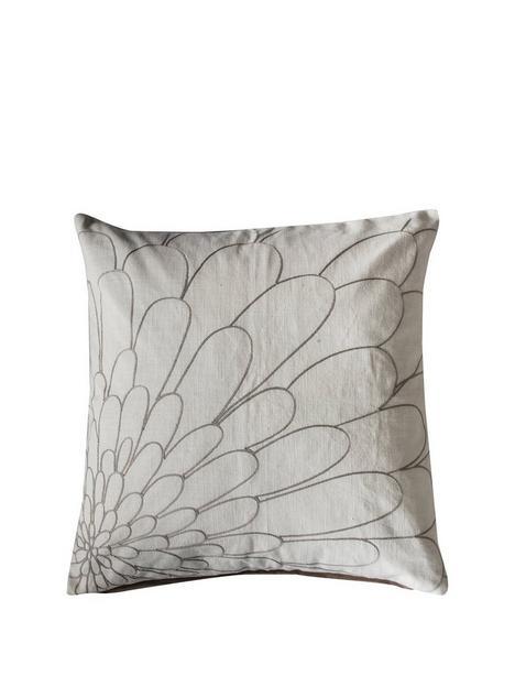 gallery-vitoria-cushion-natural