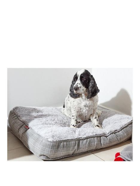 zoon-grey-plaid-gusset-mattress-large