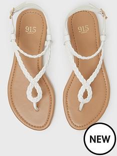 new-look-girlsnbsp915-fame-linbsptoepost-sandal-white