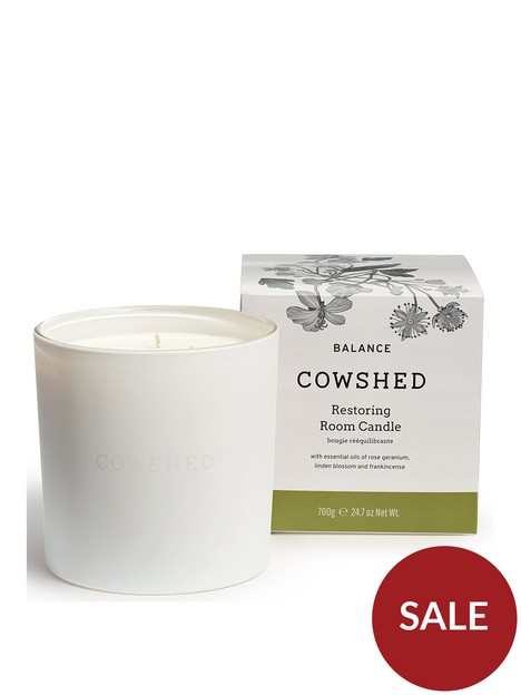 cowshed-balance-large-candle-700g