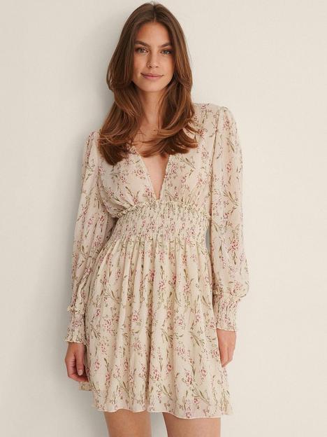 na-kd-structured-smock-waist-dress-floral-print