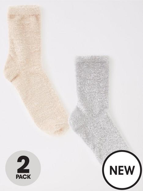 v-by-very-2-pack-fluffy-ankle-socks-grey-camel