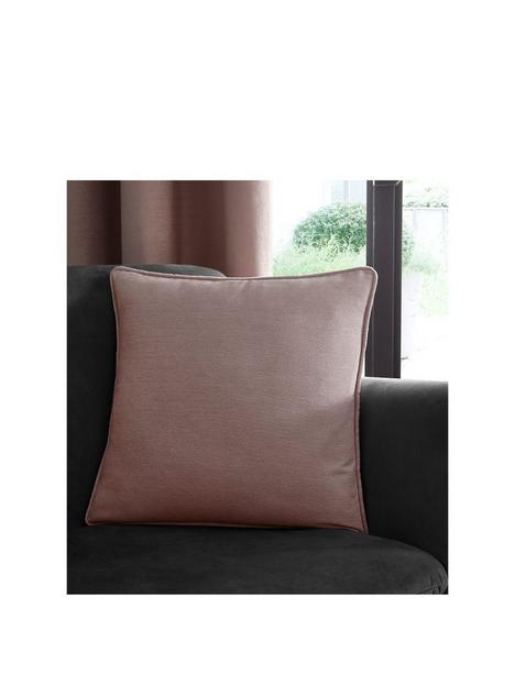 studio-g-arezzo-cushion