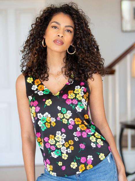 pour-moi-margot-satin-woven-v-neck-vest-black-floral