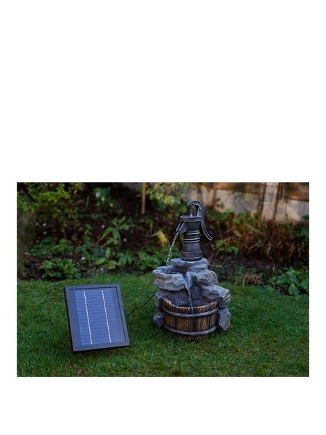 streetwize-accessories-hand-pump-solar-water-feature-with-battery-back-up