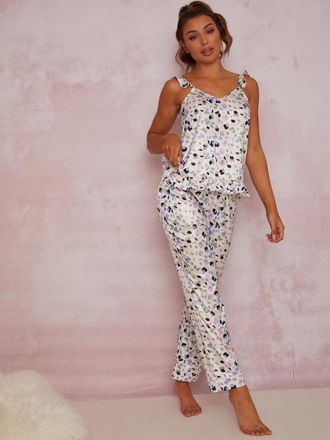 chi-chi-london-chi-chi-ruffle-trim-graphic-print-pyjama-set-in-white