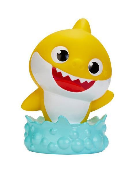 baby-shark-goglow-buddy-night-light