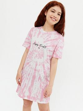 new-look-915-tie-dye-happy-thoughts-logo-t-shirt-dressnbsp--pink