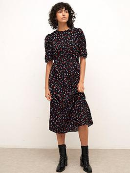 nobodys-child-evie-ruched-sleeve-midi-dr