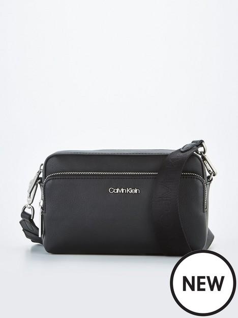calvin-klein-must-haves-camera-bagnbsp--black