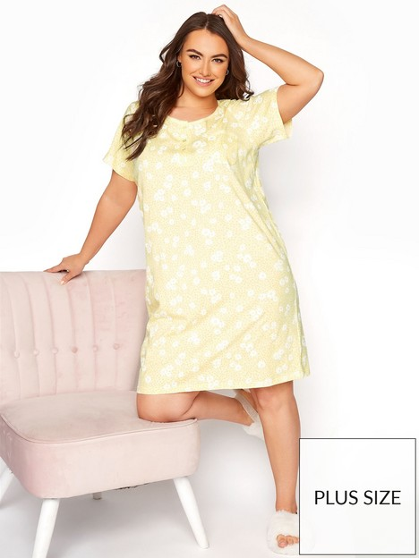 yours-clothing-daisy-placket-nightdress