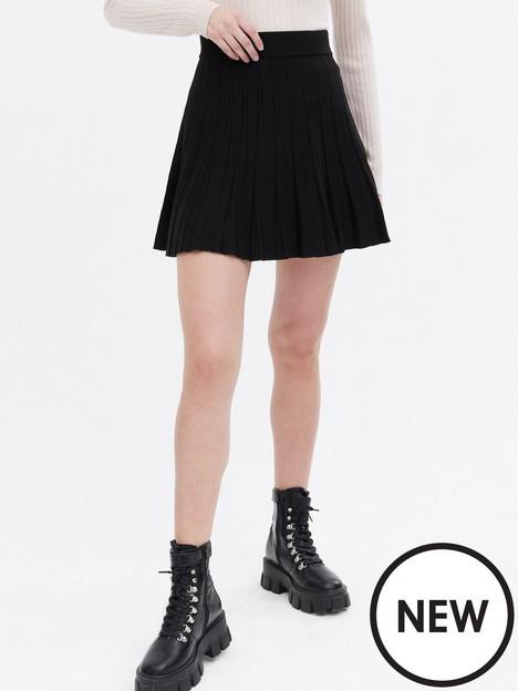new-look-black-knit-pleated-flippy-mini-skirt
