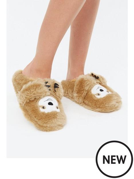 new-look-norris-sloth-update-slipper-brown
