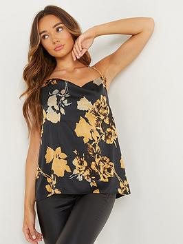 quiz-floral-satin-chain-strap-top-black