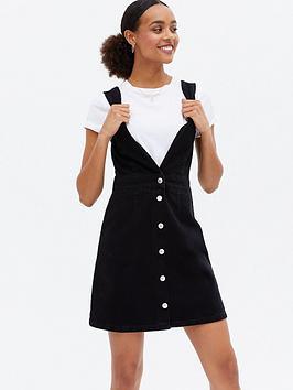 new-look-boston-pinny-dress-black