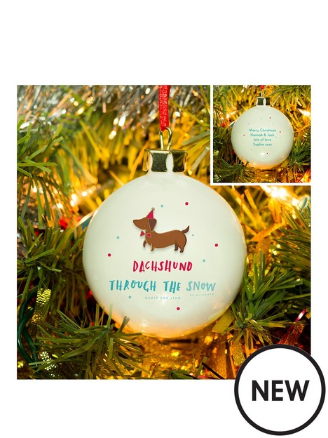 signature-gifts-hotchpotch-dachshund-through-the-snow-bauble