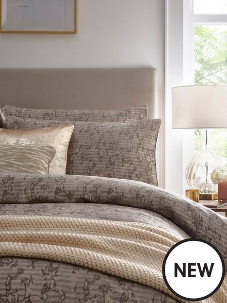tess-daly-luxe-pillowcase-pair